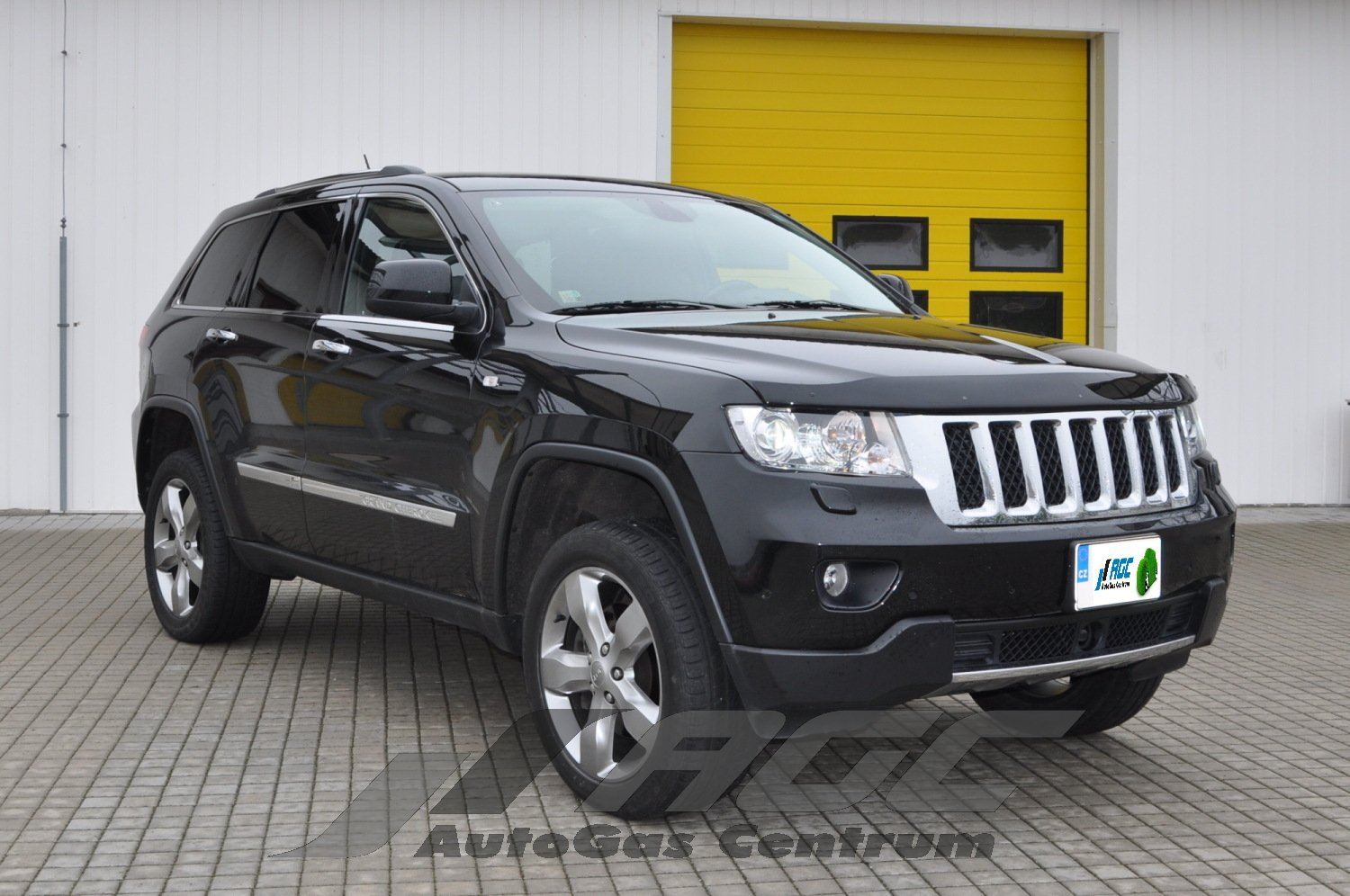 conversion lpg jeep grand cherokee 5 7 jeep photo gallery conversion autogas centrum. Black Bedroom Furniture Sets. Home Design Ideas