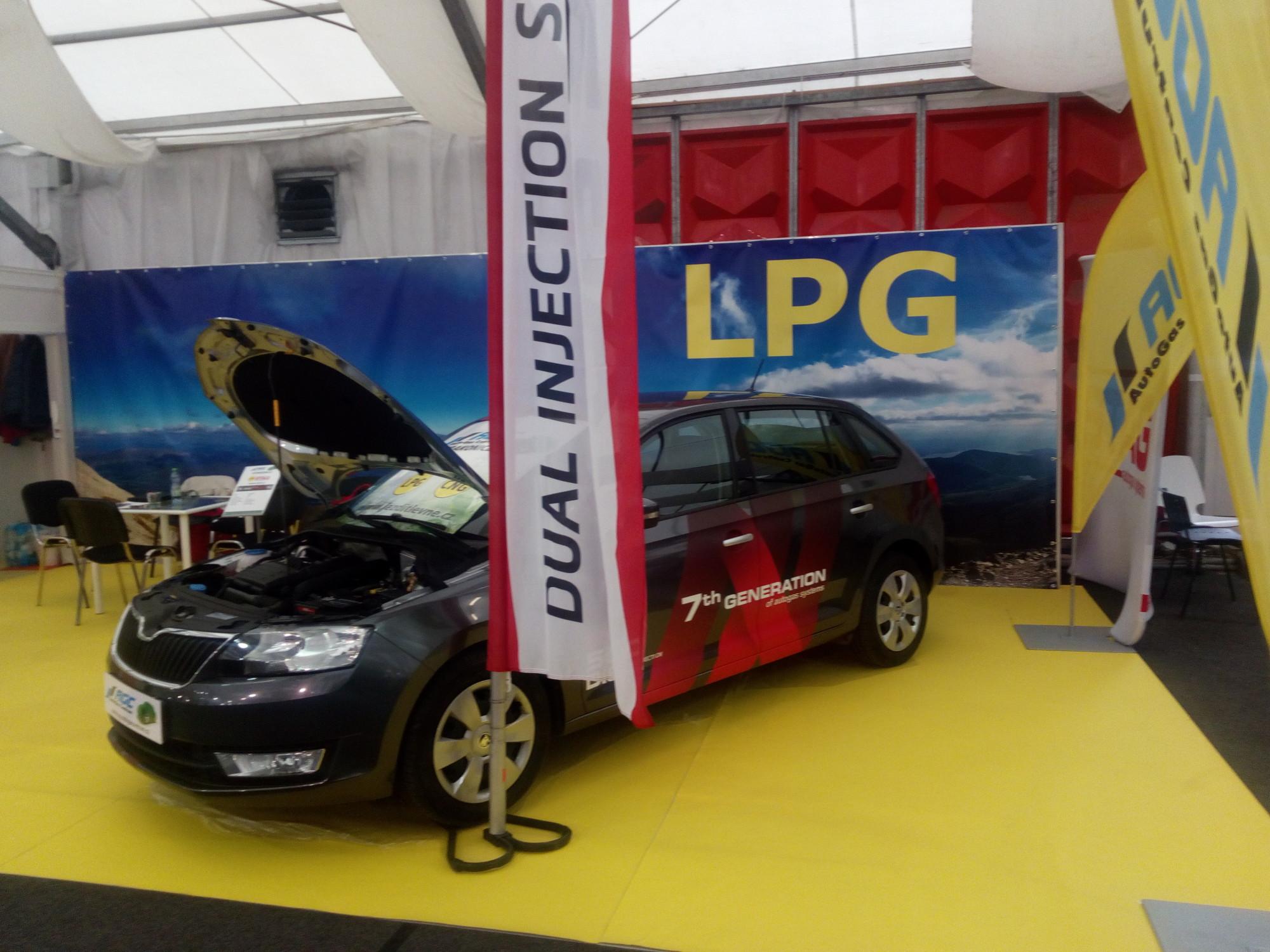 STAG 500DIS Autoshow Praha LPG